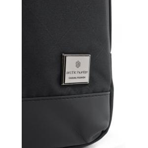 ARCTIC HUNTER Τσάντα Crossbody XB00089-BKRMB, USB, αδιάβροχη, μαύρη | Οικιακές & Προσωπικές Συσκευές | elabstore.gr